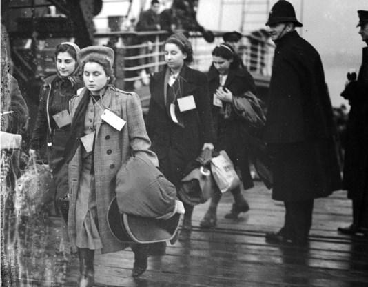 December 1938, 500 overwegend Joodse kinderen komen aan in het VK.