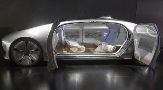 In de nabije toekomst brengen zelfrijdende wagens ons naar huis als we een glaasje te veel op hebben.