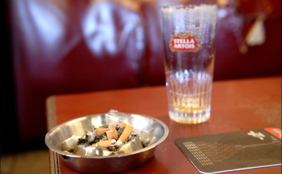Rechtbank legt voor het eerst voorwaardelijke sluiting op voor overtreden rookverbod