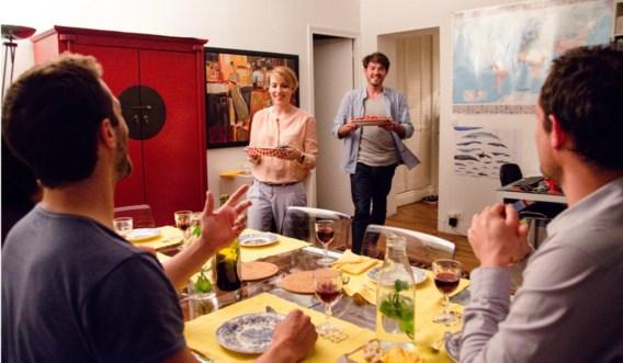 Geen vergunning, opleiding of pand nodig: op restaurant gaan doe je in Parijs steeds vaker gewoon bij Parisiens thuis.