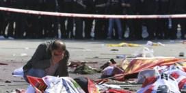 'Aanslag Ankara wellicht uitgevoerd door twee zelfmoordterroristen'