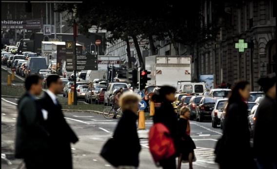 Ochtendspits in Brussel, niet meteen de plek waar je moet zijn voor  gezonde lucht.