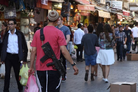 BLIKVANGER. Nir Barkat, de burgemeester-sheriff van Jeruzalem