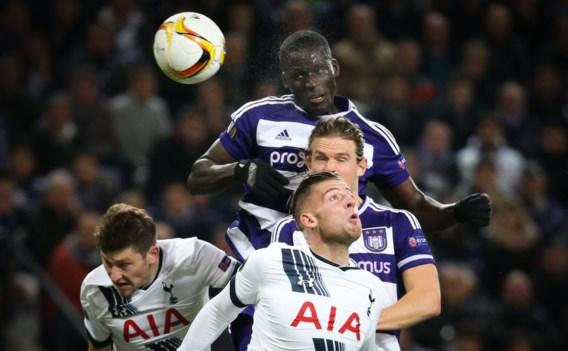 Ook tegen Tottenham was Kara Mbodj een steunpilaar van de verdediging.