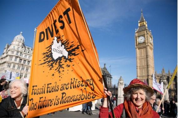 Actievoerders vragen om niet meer te investeren in fossiele brandstoffen.