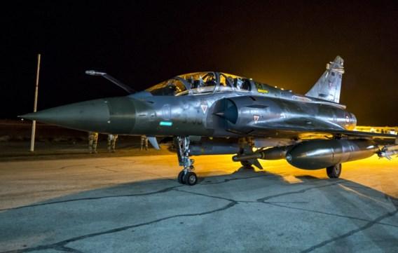 Franse luchtmacht bombardeert 'IS-hoofdstad' Raqqa