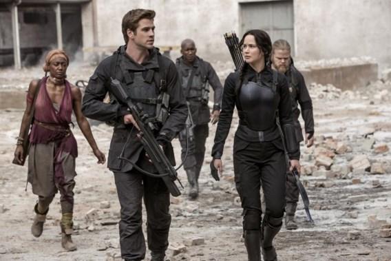 "<p>Liam Hemsworth en Jennifer Lawrence, respectievelijk Gale en Katniss.<span class=""credit"">ap</span></p>"