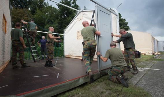 Het leger stak onder meer een handje toe bij de opvang van asielzoekers in Geldenaken.