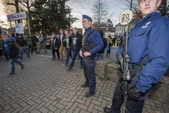 300 agenten voor Brusselse scholen, 200 voor metro
