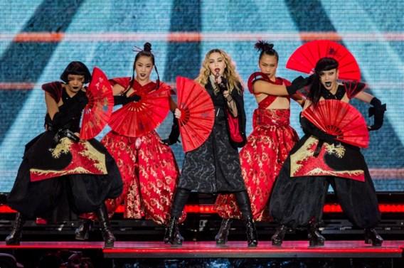 Madonna buigt niet voor terreur