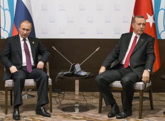 Erdogan legt verwijten Poetin naast zich neer: geen oliehandel met ISIS