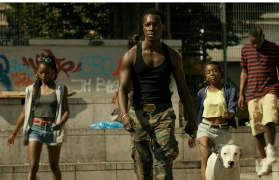 'De film Black voedt de publieke verbeelding nog en versterkt de mythes over stadsbendes', zegt Elke Van Hellemont.
