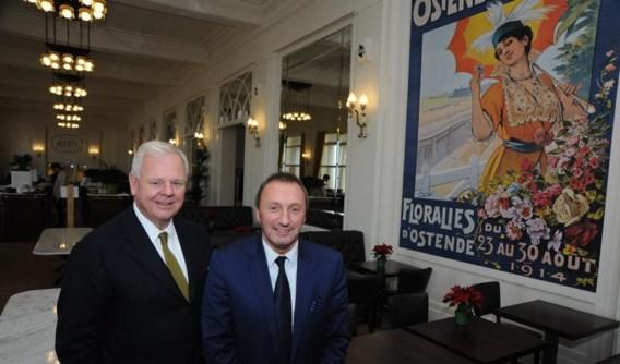 """Uitbater Mark Vanmoerkerke en hoteldirecteur Bart Wallaeys: """"We willen het hotel zijn grandeur teruggeven."""""""