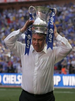 Guus Hiddink heeft een goeie naam bij de Chelsea-aanhang na zijn succesvolle doortocht in 2009. Hij won de FA Cup en kreeg een staande ovatie bij zijn laatste thuiswedstrijd.