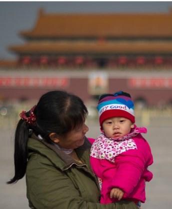 Tegen 2035 zullen er twee bejaarden zijn voor één Chinees kind.