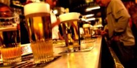 Alcoholici wachten achttien jaar om hulp te zoeken