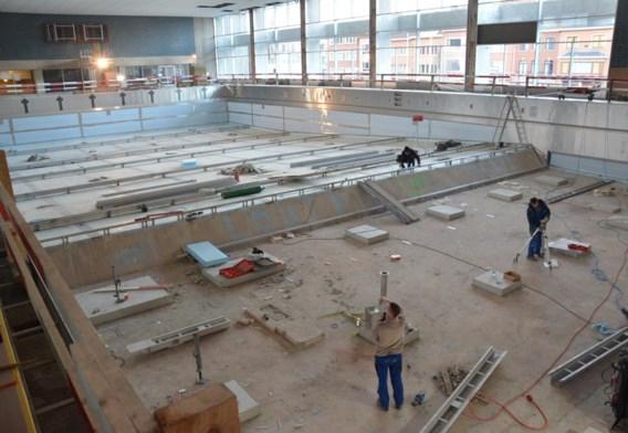 Het Louis Namèche-zwembad in Schaarbeek was, net als andere Brusselse zwembaden, lang buiten gebruik.