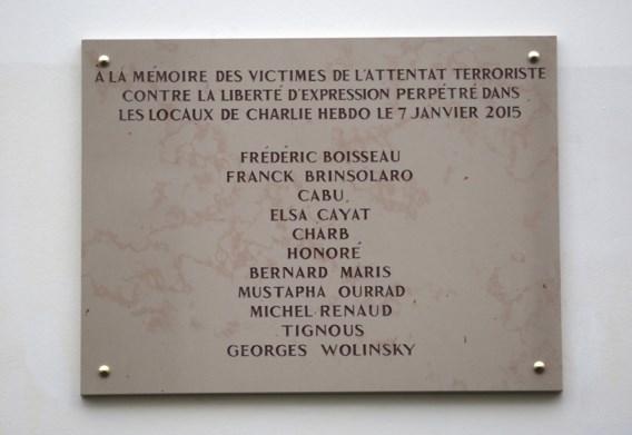 Fout op herdenkingsplaat Charlie Hebdo