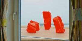 Kunstwerk Arne Quinze in woelig water