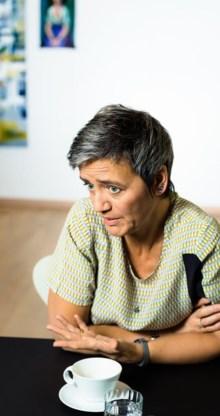 Vestager ziet de belastingvoordelen als verboden staatssteun.