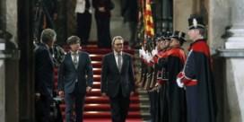Nieuwe Catalaanse regeringsleider zweert geen trouw aan Spaanse koning