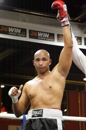 Ismail Abdoul (39) kroont zich tot Belgisch kampioen bij halfzwaargewichten