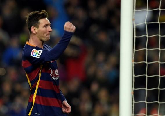 BUITENLANDS VOETBAL. Zege voor Atlético, Real en Barcelona, AC Milan wint Italiaanse topper