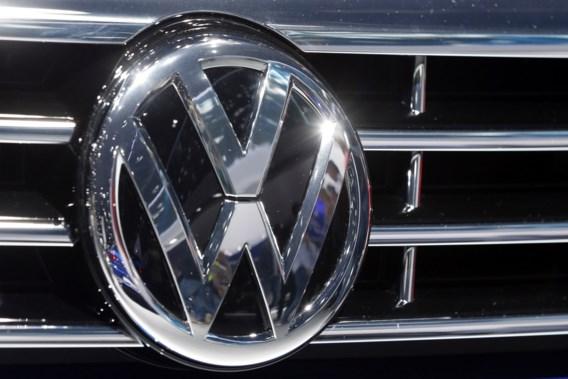 'Tientallen investeerders klagen Volkswagen aan'