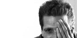 <B>Waarom </B> we wel lachen om Glenn Frey, maar niet om David Bowie