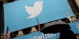 Toplui keren Twitter rug toe