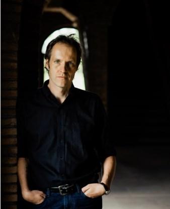Jan Lauwereyns: 'Ik ben het compleet oneens met dichters die vinden dat poëzie er is voor de poëzie'.