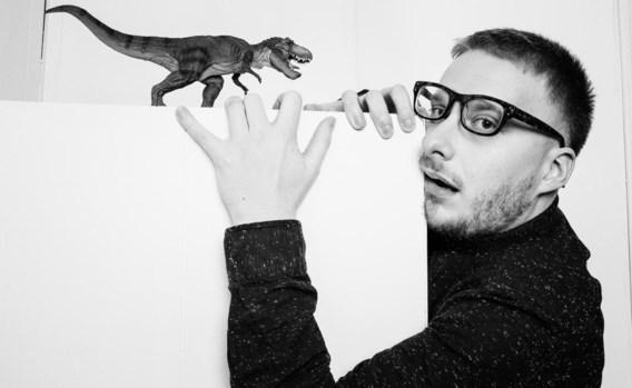 Genard: 'Er staan een hoop dino's in mijn boekenkast, en ik heb zelfs een speciale schuif met dinosaurusliteratuur.'