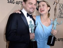 Leonardo DiCaprio en Brie Larson winnen hoofdprijzen Amerikaanse acteursgilde