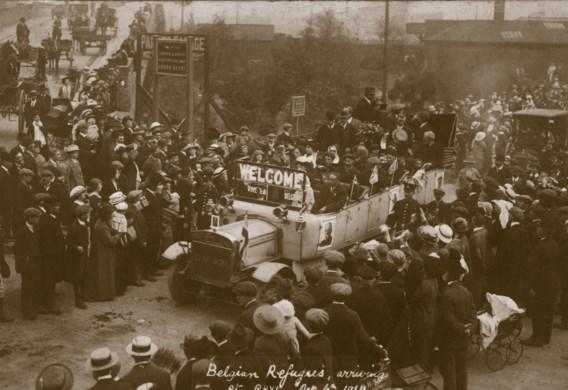 In Rhyl in Wales werden de Belgische vluchtelingen op 6 oktober 1914 nog enthousiast onthaald. Maar de Britse gastvrijheid sloeg gauw om in irritatie en conflicten.