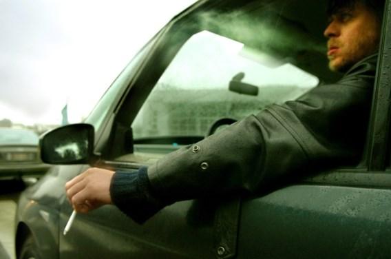 Open VLD wil rookverbod in auto met kinderen