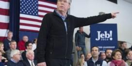 George W. Bush voert campagne voor broer Jeb