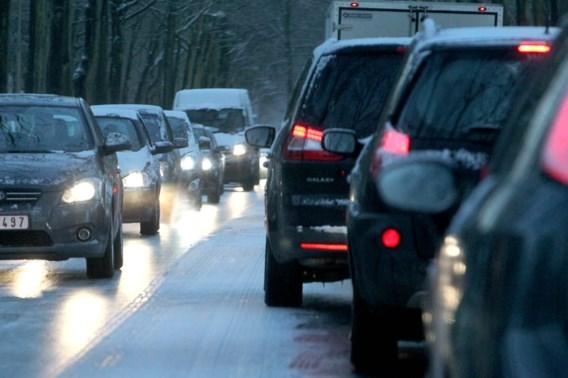 Agentschap Wegen en Verkeer waarschuwt voor gladde wegen