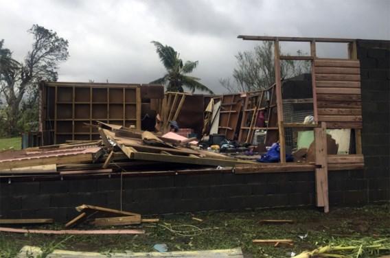 Cycloon Winston richt ravage aan op Fiji