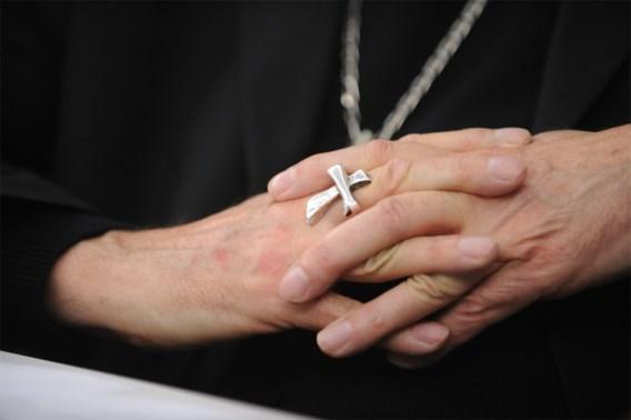50 slachtoffers misbruik richten zich tot andere slachtoffers