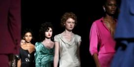 IN BEELD. Vivienne Westwood houdt het braaf