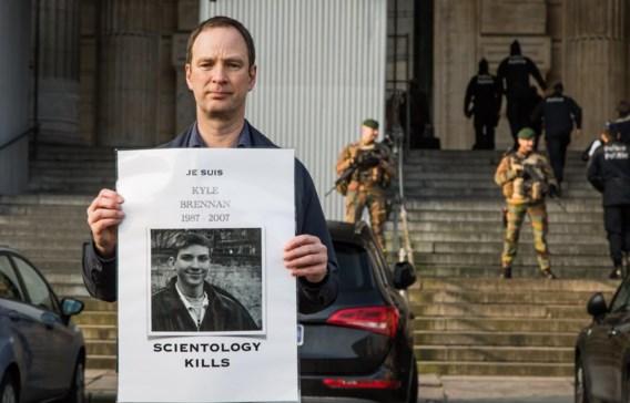 Enkele ex-leden van Scientology protesteerden gisteren voor het Justitiepaleis.