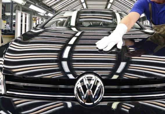Volkswagen wil besparen op ... T-shirts