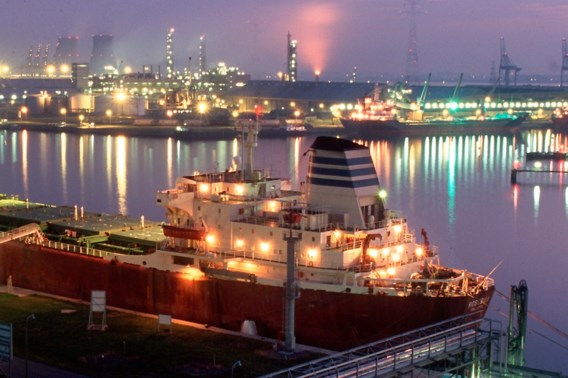 BASF overweegt fabriek bij te bouwen in Antwerpen