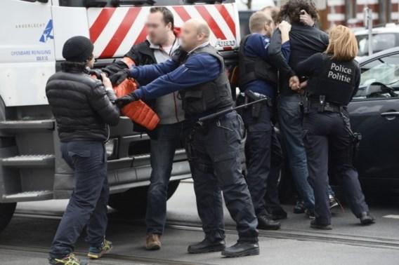 Jongeren maken amok na minuut stilte in Anderlecht