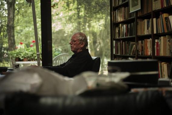 Schrijver Jeroen Brouwers moet zijn huis (voorlopig) niet afbreken