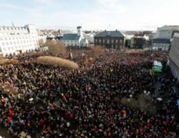 'Onaanvaardbaar dat IJslandse regering zich niet aan eigen regels houdt'