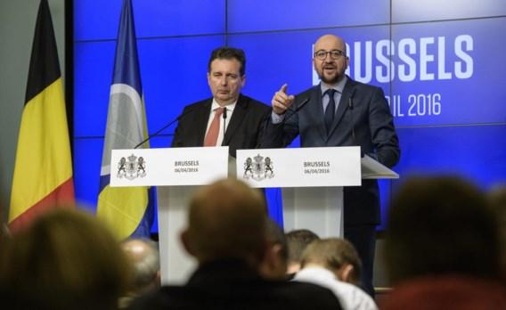 Rudi Vervoort en Charles Michel bij hun confrontatie met de internationale pers.