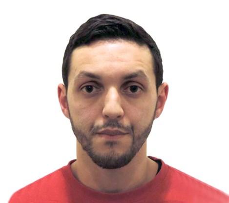 """Familielid voortvluchtige Abrini kreeg verbod voor werk op luchthaven """"door radicaliserende omgeving"""""""