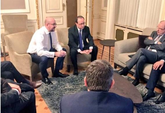 Premier Michel met president Hollande, na de arrestatie van Abdeslam. Toen was enig eeuforie niet van de lucht.