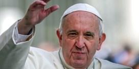 De paus breekt (voorzichtig) met het verleden